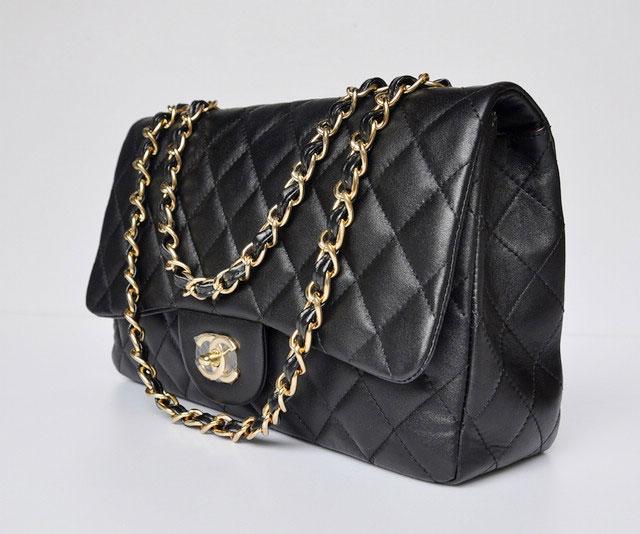 noir-cuir-chaine-sac-chanel-2.55-sac-a-main-chanel-020303_2